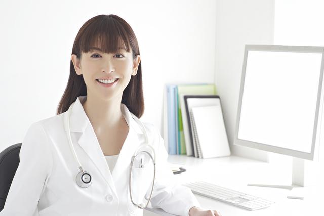 女性医師 管理栄養士がヨガフルーツスムージーの成分や原材料を解析