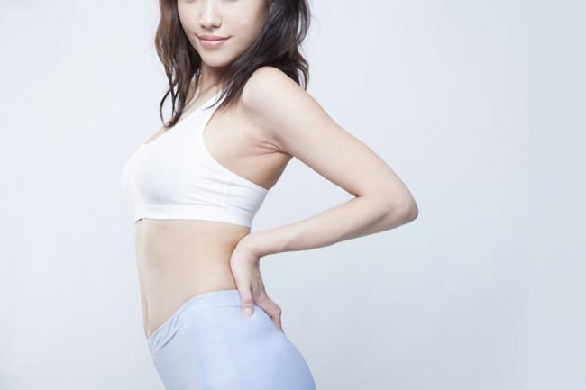健康的に痩せている女性